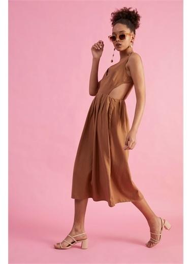 Z Giyim Kadın  İndigo  V Yaka Sırtı Dekolteli Pamuklu Elbise Kahve